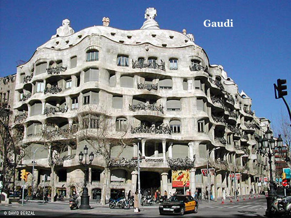 Gaudi Soylu yaşam, kişinin soylu kullanımı için soylu mimarlık gerektirir.