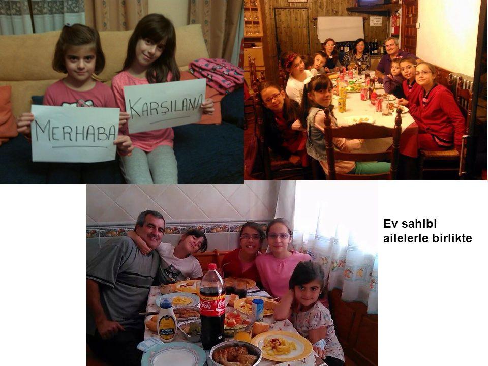 Ev sahibi ailelerle birlikte