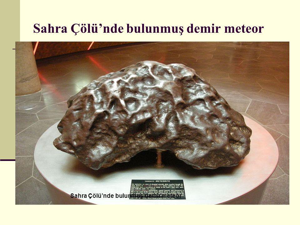 Sahra Çölü'nde bulunmuş demir meteor