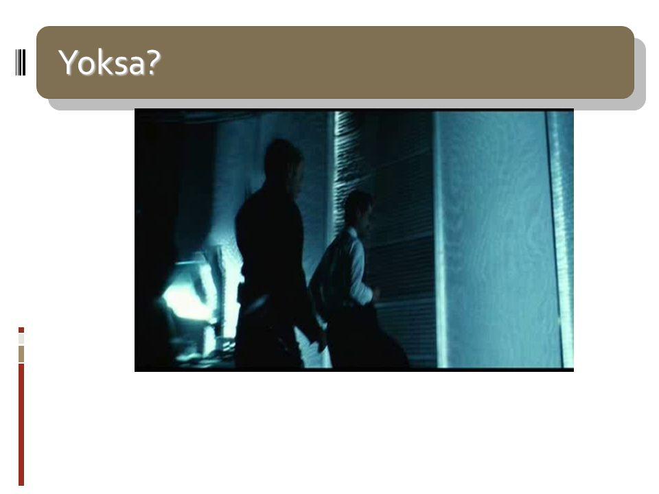 Yoksa? Yoksa? Minority Report... Bilim kurgu yazarı Philip K.Dick'in öyküsünden sinemaya uyarlanan film. Steven Spielberg'in. 2002'de vizyona girmişti