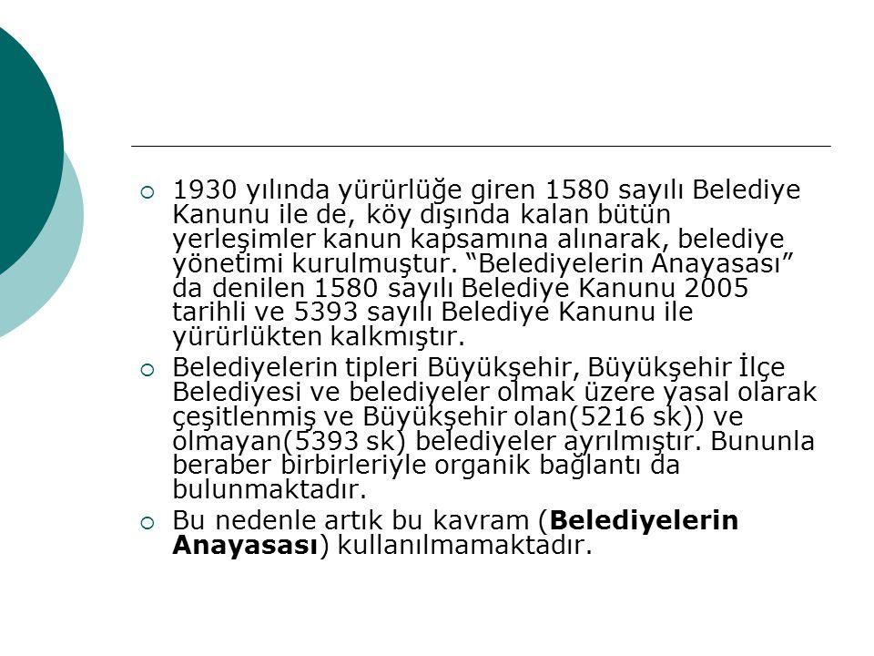 SONUÇ  Yaşam kalitesi göstergeleri ve özellikle demokratikleşme göstergelerinin rakamlaştırılması, belediyelerin hizmet standartlarını netleştirmesi  Türkiye'nin yeniden merkeziyetçiliğe doğru biçimlendirilen yerel yönetim yapısı içinde belediyenin katılımcı mekanizmaları kullanarak çalışmalarını yürütmesi,  İlde mahallin en büyük mülki amiri olan Valinin başkanlığında, meclisi de olmayan bir il yönetiminde, geçmişin tüccar kenti benzeri idare eliyle desteklenen yatırım zorlamaları ve belediye üzerinde oluşabilecek olası ağırlaştırılmış bir dış denetim etkisini azaltacak etkili bir yöntem olarak KATILIMCILIĞIN güçlendirilmesi  Büyükkent ve ilçe belediyelerinde, kent meclisi gibi mekanizmaların Gerek Belediye Başkanını gerekse Valinin de çalışmalarını değerlendirerek yorumlaması da kamu oyu denetimi açısından önemlidir.