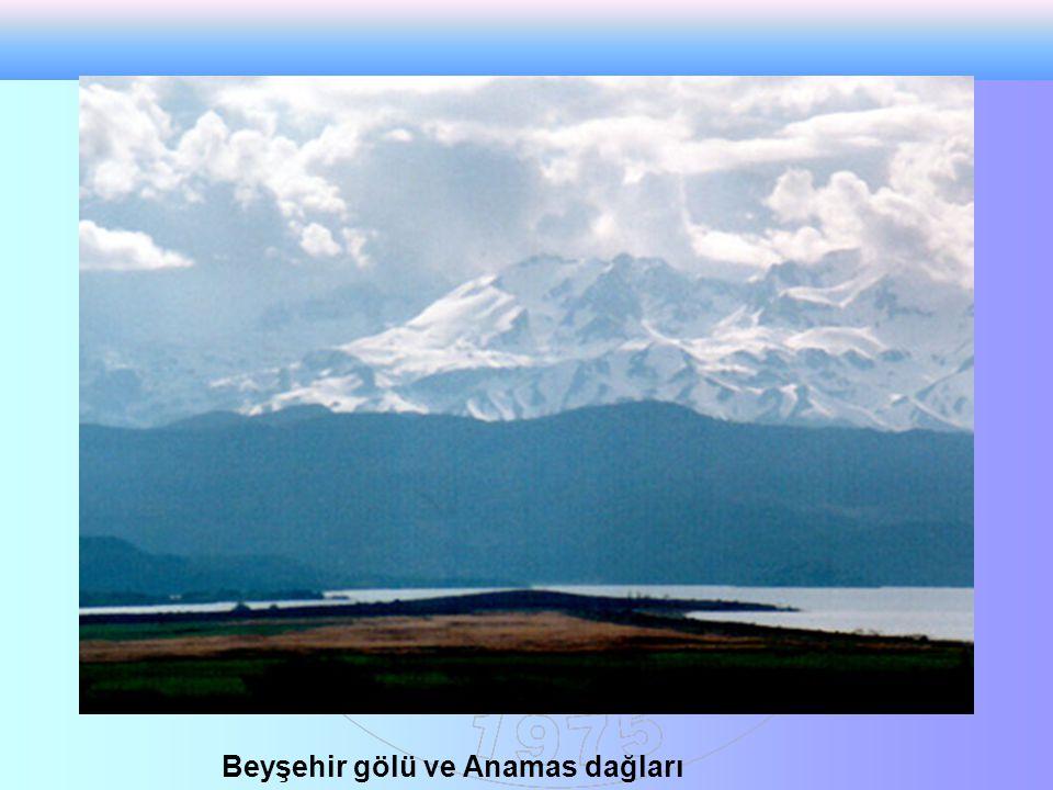 Beyşehir gölü ve Anamas dağları