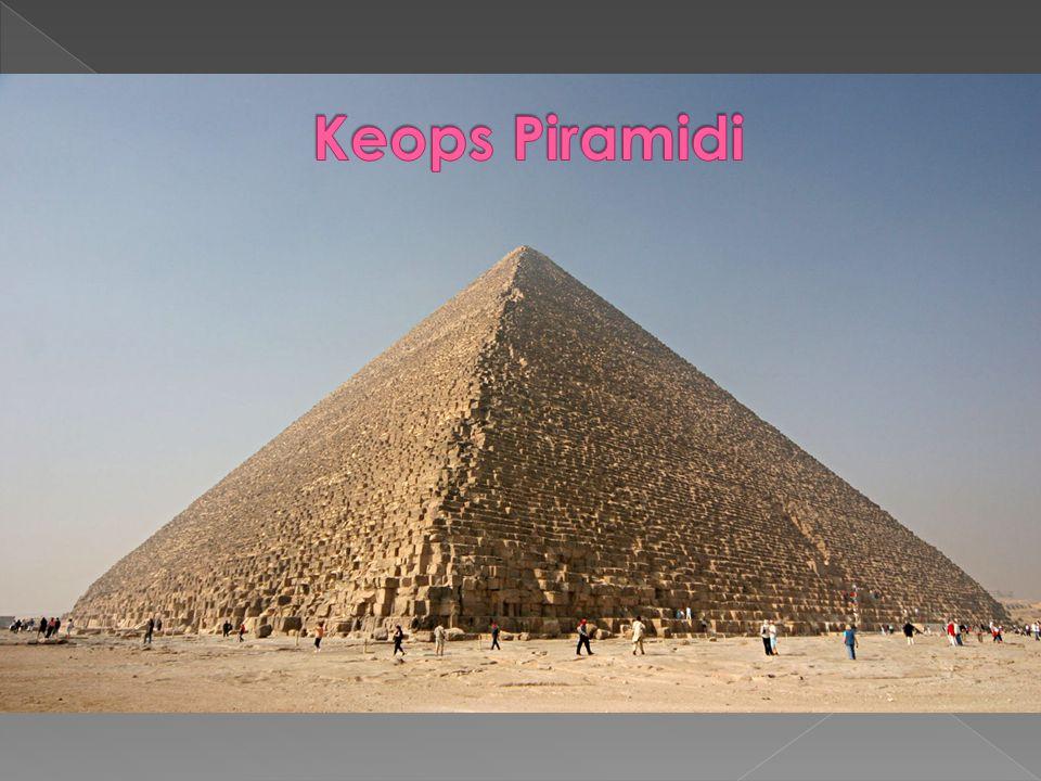  Giza Piramitleri nin üçü birden dünyanın yedi harikası listesine dahil değildir.
