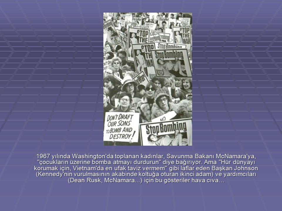 1967 yılında Washington'da toplanan kadınlar, Savunma Bakanı McNamara'ya,