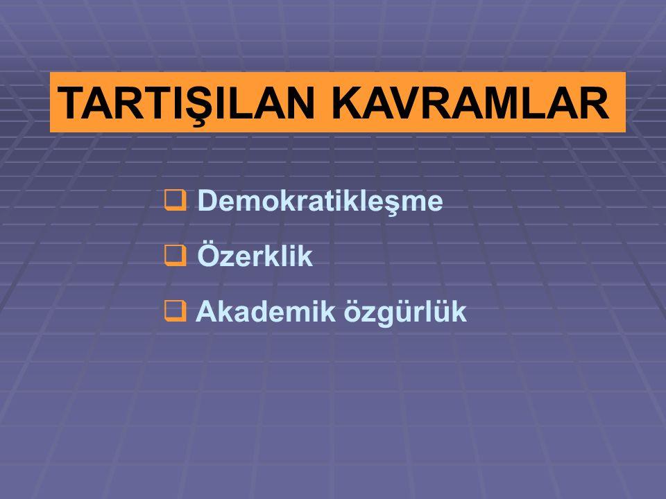 DEMOKRATİKLEŞME Katılımcı demokrasilerde halkın iktidardan memnun olup olmadığı, yapılacak seçim sonunda belirlenir.