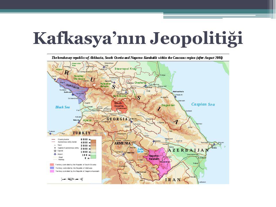 Rusya ve Kafkasya 1991-2000 Yeltsin Dönemi 2000-2008 Putin Dönemi 2008- Medvedev ve Putin Dönemleri -Ayrılıkçı bölgeleri desteklemek -Bölge ülkelerine BDT'ye katılmaları için baskı -Bölge ülkeleriyle iyi ilişkiler kurmak -Rusya yanlısı rejimler oluşturmak -Ağustos 2008 Rus-Gürcü savaşı -Abhazya ve Güney Osetya'nın bağımsızlığının tanınması -Dağlık Karabağ sorununda arabuluculuk girişimi -Bölgede askeri üs edinme: Batum, Ahılkelek, Vaziani, Erivan, Gümrü -Ekonomik ve askeri işbirliğini geliştirmek, AET, 2000; KGİT, 2002 - Hazar Görev Gücü (CASFOR) önerisi -Gümrük Birliği ve Avrasya Birliği -Bölgedeki enerji nakil hatlarını kontrol etmek -NABUCCO'nun engellenmesi -Kuzey Akım ve Güney Akım