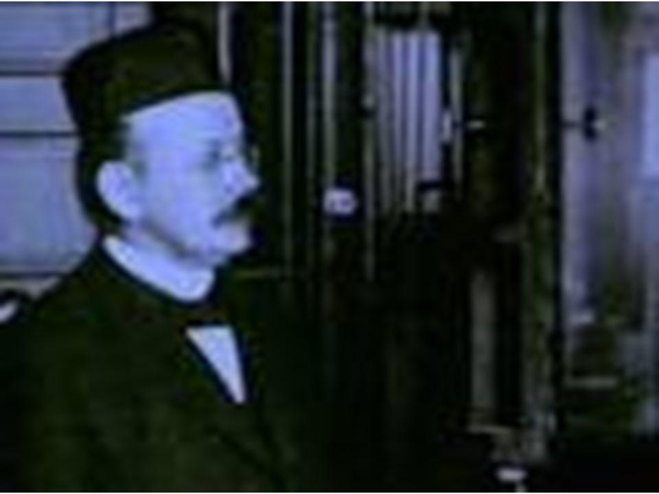 Atatürk Türk toplumunu, uygar bir görünüşe kavuşturmak istemişti.