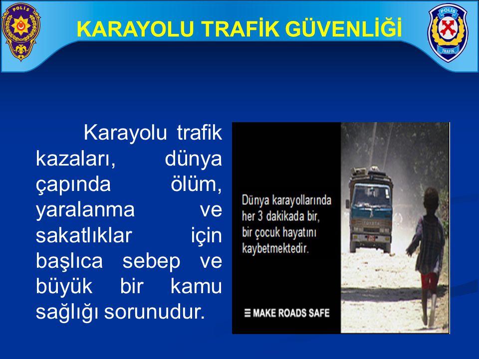BAŞLICA SÜRÜCÜ KUSURLARI (Ölümlü ve yaralanmalı kazaların 2012 Eylül ayı sonu itibari ile ) (Polis Sorumluluk Bölgesi) % Araç hızını yol, hava ve trafiğin gerektirdiği şartlara uydurmamak 30,1 Kavşak,geçit ve kaplamanın dar old.yerlerde geçiş önc.uymamak 17,6 Doğrultu değiştirme (dönüş) kurallarına uymama 15,2 Arkadan çarpma 10,4 Ülke Genelinde Meydana gelen ölümlü ve yaralanmalı trafik kazaları incelendiğinde; sürücü kusurlarının oranının % 90 civarında olduğu görülmektedir.