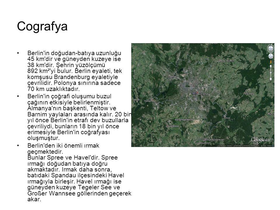 Cografya Berlin'in doğudan-batıya uzunluğu 45 km'dir ve güneyden kuzeye ise 38 km'dir. Şehrin yüzölçümü 892 km²'yi bulur. Berlin eyaleti, tek komşusu