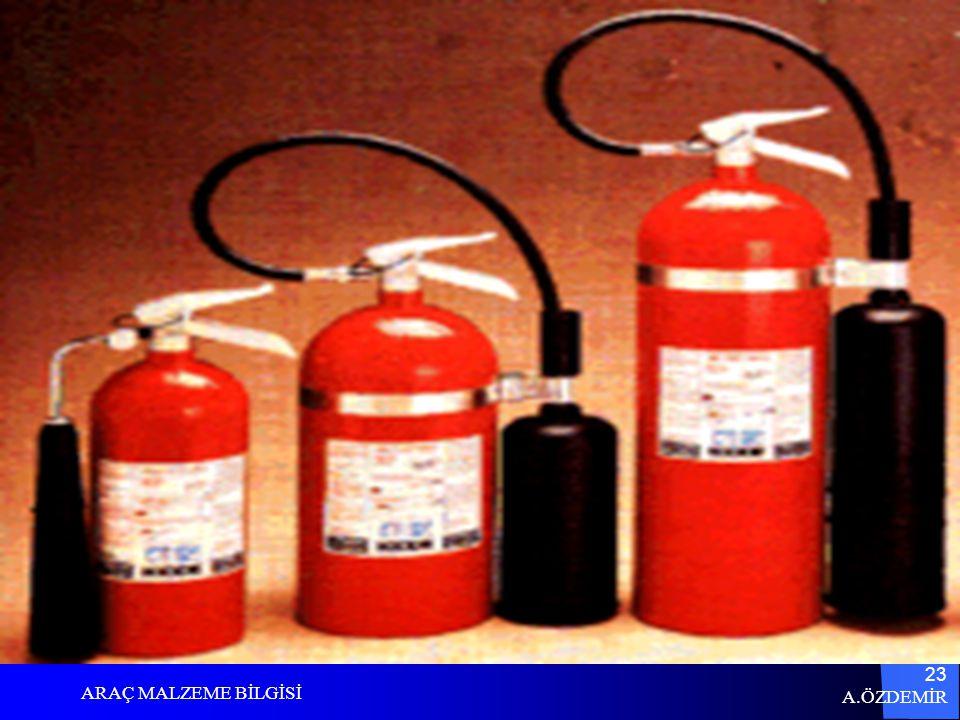 A.ÖZDEMİR ARAÇ MALZEME BİLGİSİ 22 CO2 B-C yangınlarında kullanılır. Elektrikle bağlantılı yangınlarda kullanılabilir. Deşarj gaz şeklinde olduğu için