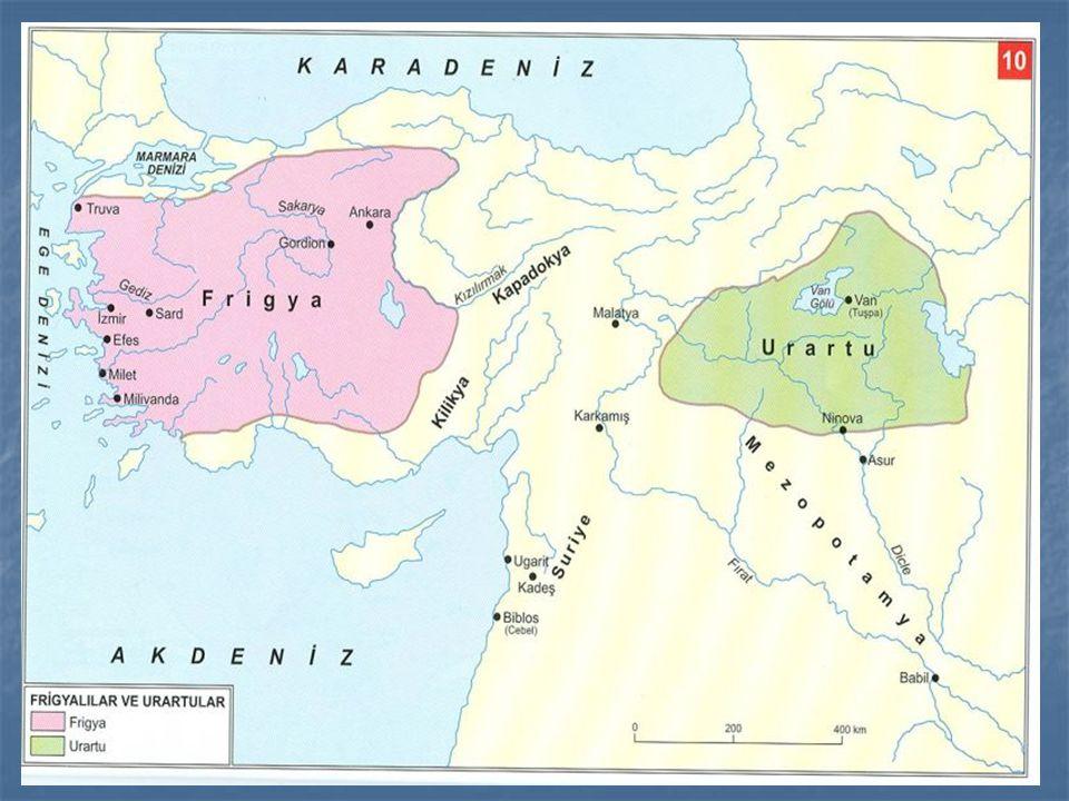 Sami ırkındandırlar.M.Ö.IV.bin yılların da Arabistan'dan Fırat nehri boylarına yerleşmişlerdir.