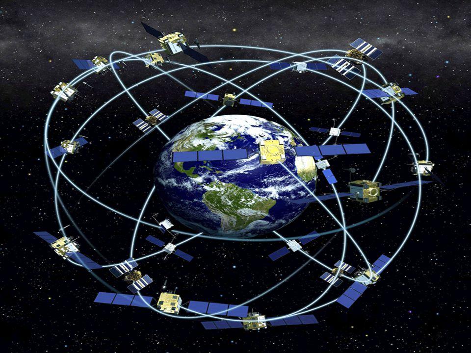 Uzay Bölümü: en az 24 uydudan (21 aktif 3 yedek) oluşur ve sistemin merkezidir.