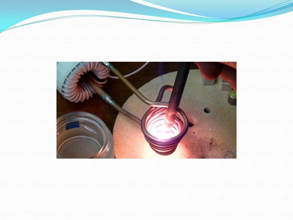 AKTİF FİLTRENİN PRENSİBİ Aktif filtreler, şebekeden çekilen akımın ani değerlerini okuyarak, bu akımın harmoniklerini yok etmek üzere sisteme uygun akım darbelerinin enjekte edilmesi prensibine dayanmaktadır.