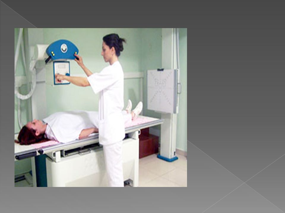  Konvansiyonel röntgende radyoskopi ve radyografi olmak üzere iki temel yöntem vardır.