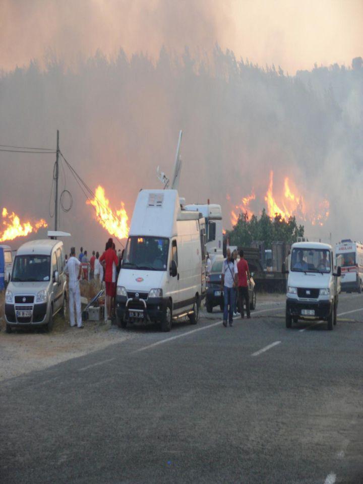 YANIK PROJENİN BAZI VERİLERİ : Yangından sonra tanzim edilen yanık ve ek projeler birlikte değerlendirildiğinde aşağıdaki bazı rakamlara ulaşılmaktadır :  Y.K.Yolları sahanın %7 ' sini oluşturmaktadır.