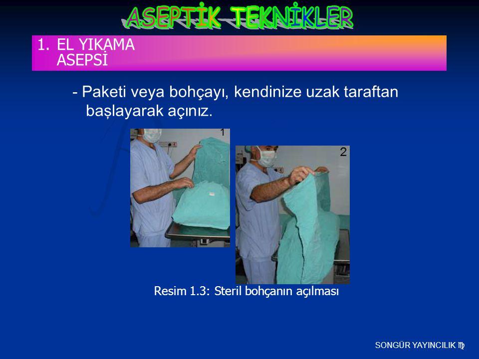 SONGÜR YAYINCILIK  - Paketi veya bohçayı, kendinize uzak taraftan başlayarak açınız. Resim 1.3: Steril bohçanın açılması 1.EL YIKAMA ASEPSİ