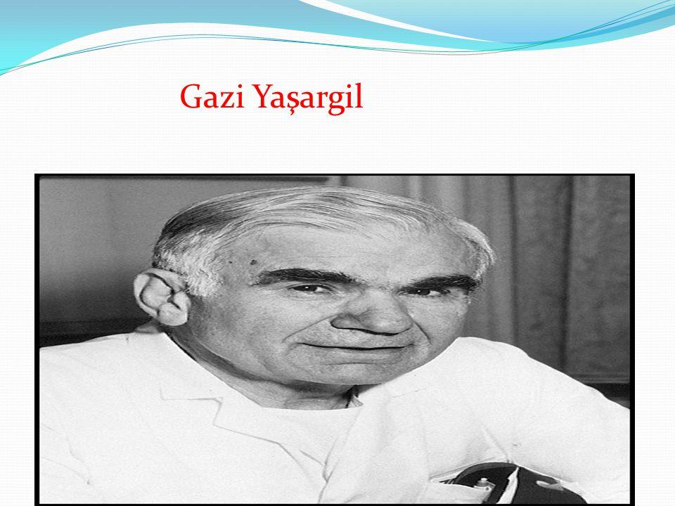 6 Temmuz 1925'te, Diyarbakır'ın Lice ilçesinde dünyaya geldi.