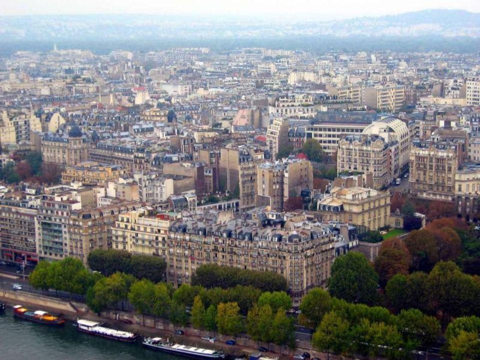 Paris muhteşem bir metro sistemine sahiptir.