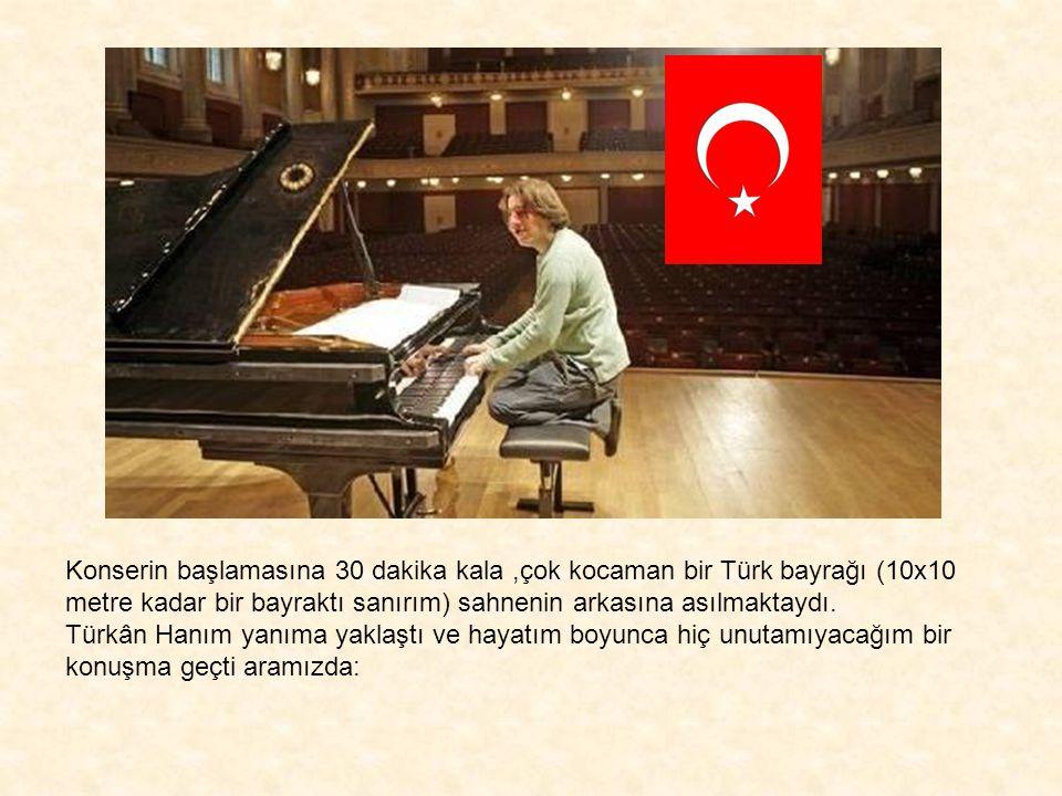 Türkân Saylan ile 1995 yılının Mart ayında tanıştım.O yıl Ocak ayında New York'ta finali olan Young Concert Artists (Genç konser sanatçıları) yarışmas