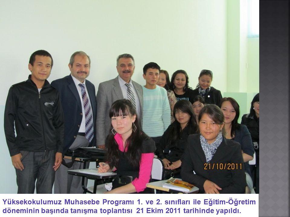 Yüksekokulumuz Muhasebe Programı 1. ve 2. sınıfları ile Eğitim-Öğretim döneminin başında tanışma toplantısı 21 Ekim 2011 tarihinde yapıldı.