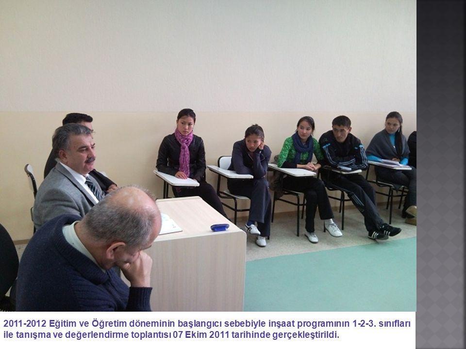2011-2012 Eğitim ve Öğretim döneminin başlangıcı sebebiyle inşaat programının 1-2-3. sınıfları ile tanışma ve değerlendirme toplantısı 07 Ekim 2011 ta