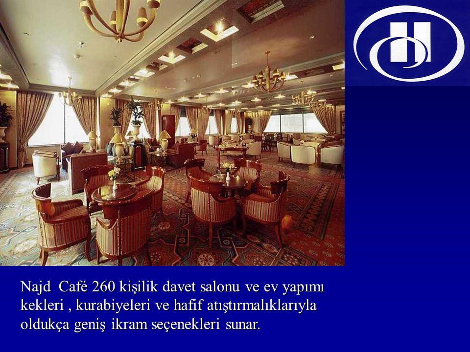 Najd Café 260 kişilik davet salonu ve ev yapımı kekleri, kurabiyeleri ve hafif atıştırmalıklarıyla oldukça geniş ikram seçenekleri sunar.