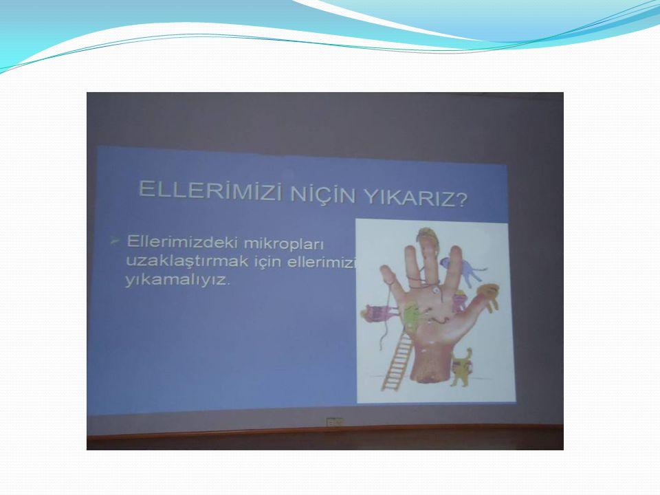 DEZENFEKTASYON Öğrencilerimize Dezenfekte çalışmalarının nasıl yapıldığı okulumuzda uygulamalı olarak gösterildi.