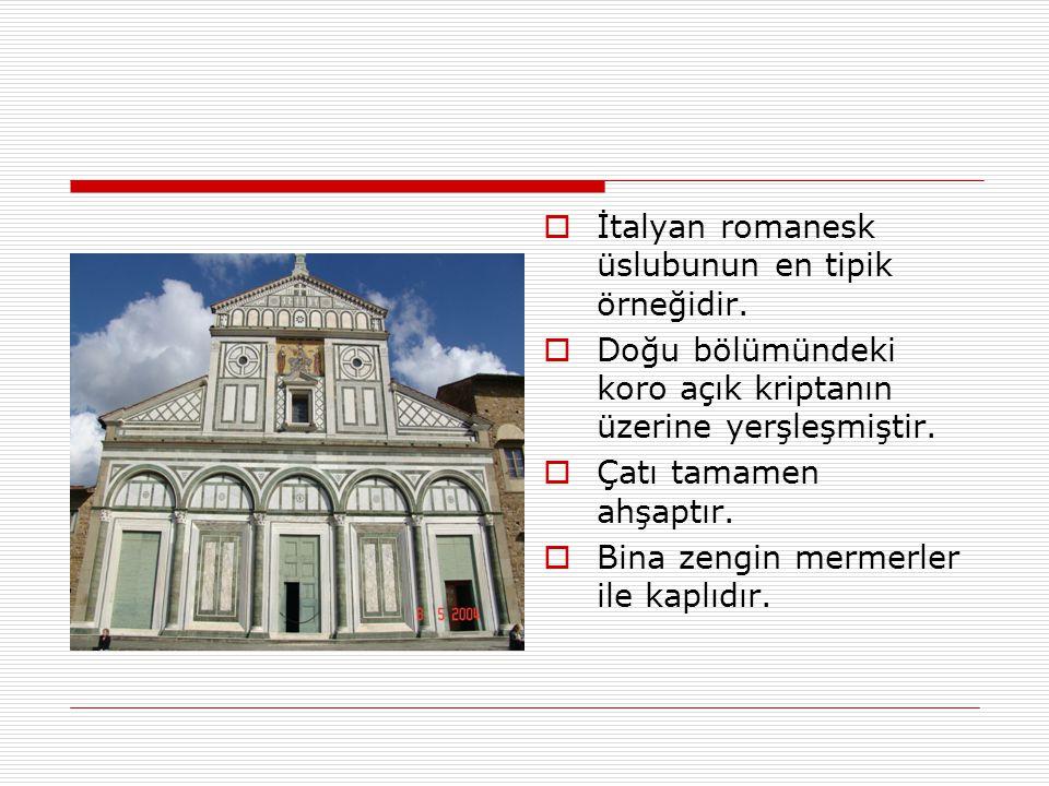  İtalyan romanesk üslubunun en tipik örneğidir.  Doğu bölümündeki koro açık kriptanın üzerine yerşleşmiştir.  Çatı tamamen ahşaptır.  Bina zengin