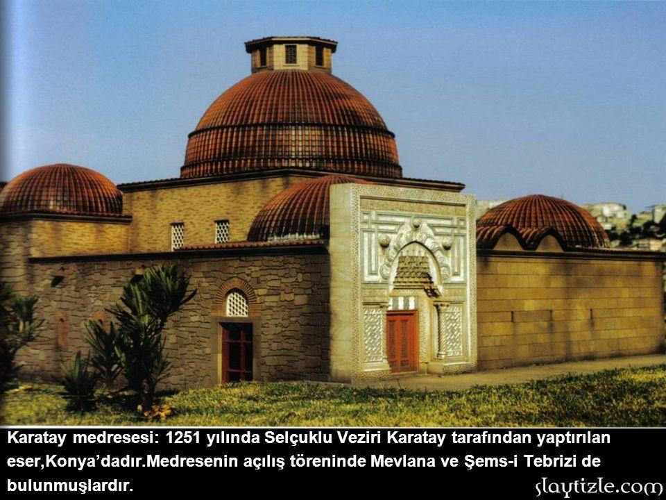 Meryem Ana Kilisesi: İzmir'deki eserin geçmişi Roma Dönemi'ne kadar uzanmaktadır.Antik Çağ'da meyve-sebze hali olarak inşa edilen yapı,Hıristiyanlığın