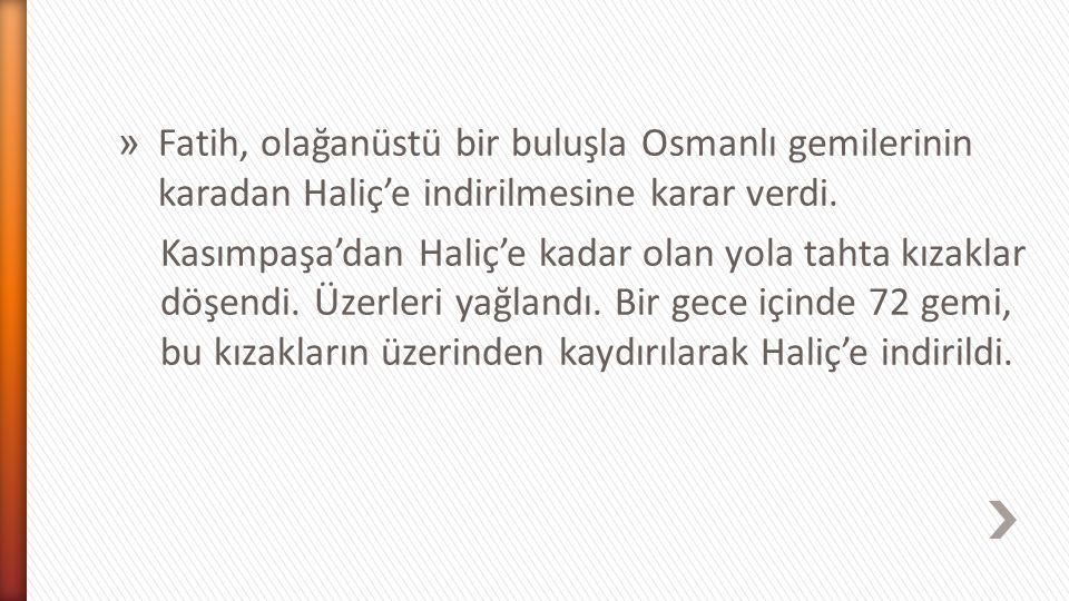 İlk hücum 6 Nisan 1453'te Türk topçularının atışlarıyla başladı. Surların yıkılan yerlerini Bizanslılar hemen onarıyorlardı. Türk askerlerinin surlard