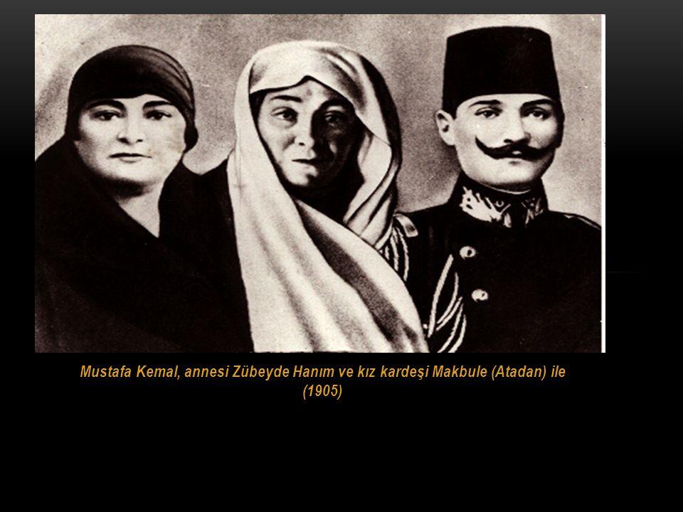 Ali Rıza Efendi BABASıNıN ADı ALI RıZA EFENDI,ANNESININ ADı ZÜBEYDE HANıMDıR. Zübeyde Hanım
