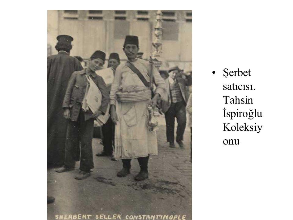 İstanbul d a Ayva satıcıları. Edhem Eldem Koleksiyo nu,