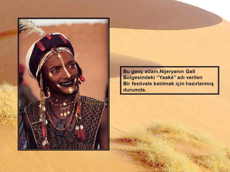 Bu genç adam,Nijeryanın Abalak Bölgesinde görüntülendi.