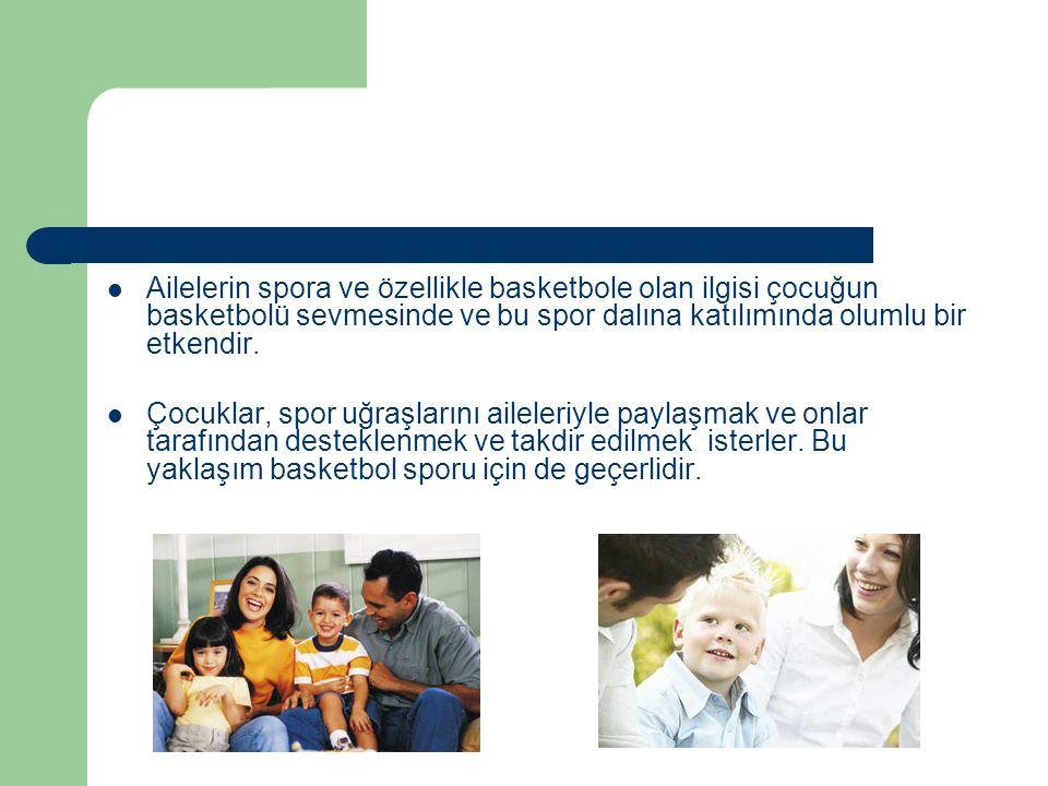 Ailenin çocuğun sosyalleşme süreci içerisinde ilk ve güçlü etkisi, çocuğun spora katılıp katılmayacağını ve katılıyorsa hangi spor dalını yapacağını belirleyebilir.