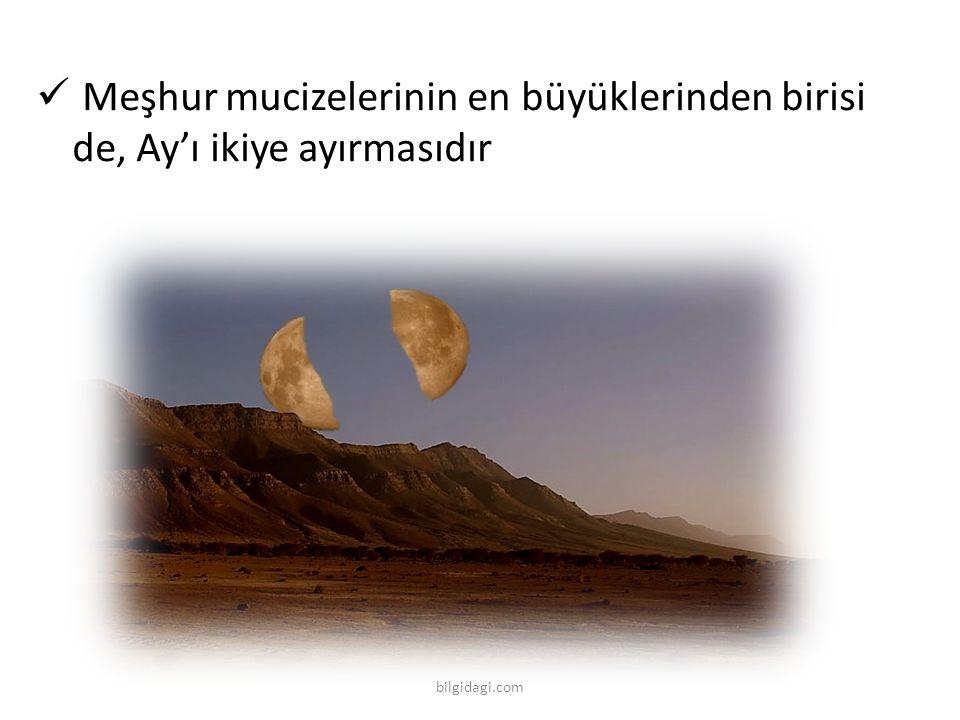 Meşhur mucizelerinin en büyüklerinden birisi de, Ay'ı ikiye ayırmasıdır bilgidagi.com
