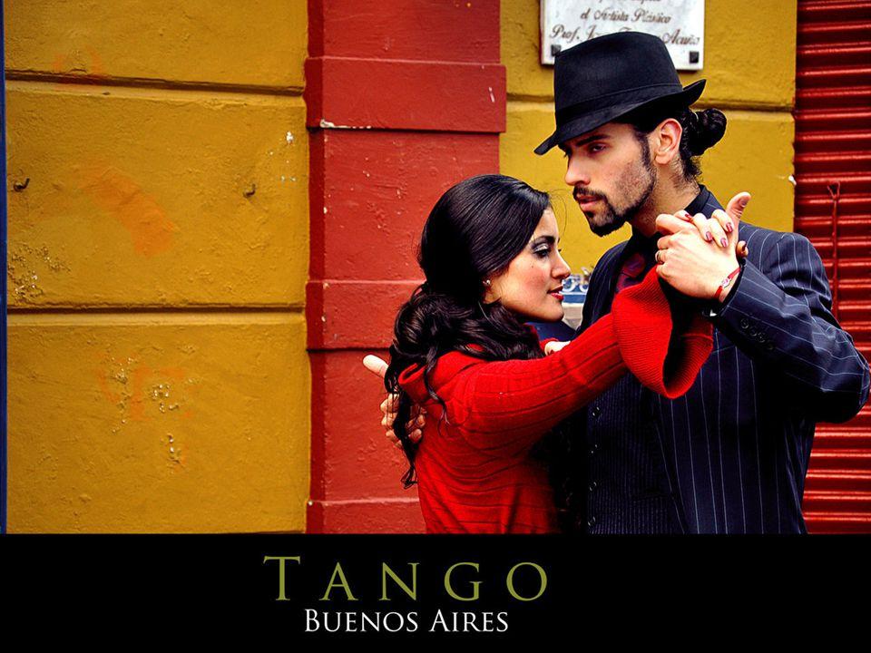 Tangonun dramatik duygusu, dans sırasında çok zengin doğaçlama fırsatları yaratması, dansın özünde aşk ve melankoli tutkusunun yatmasından ileri gelmektedir.