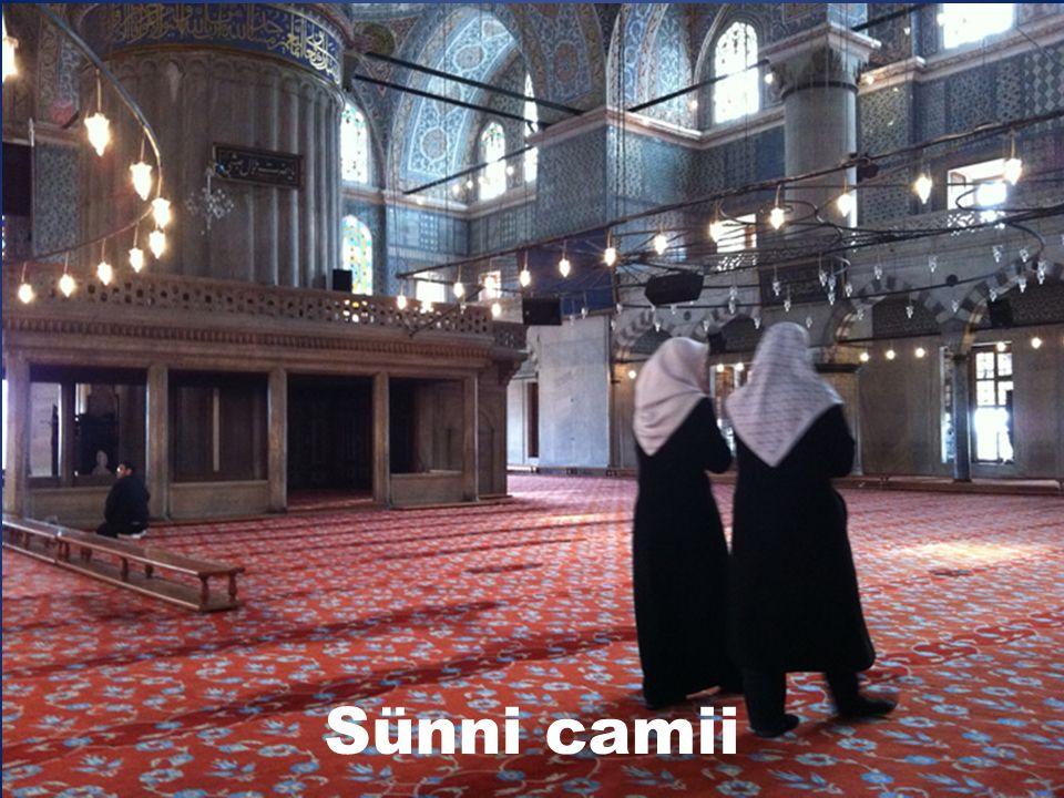 İslâm dini  1,4 milyar inanan  Dünya nüfusunun % 22 si  İki mezhebe ayrılır:  Sünniler: Güney doğu Asya ve Suudi Arabistan 1,050 milyar inanan  Ş