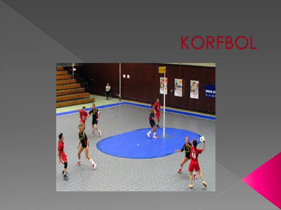  Korfbol'un mucidi Hollandalı bir Beden Eğitimi öğretmeni olan Nico Broekhuysen dir.