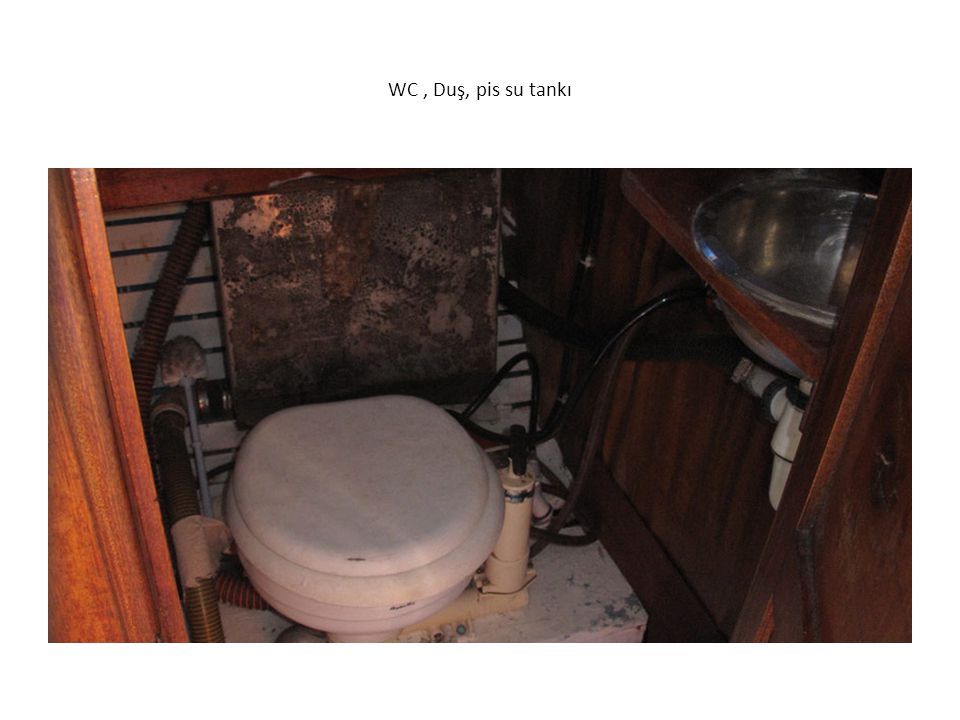 WC, Duş, pis su tankı