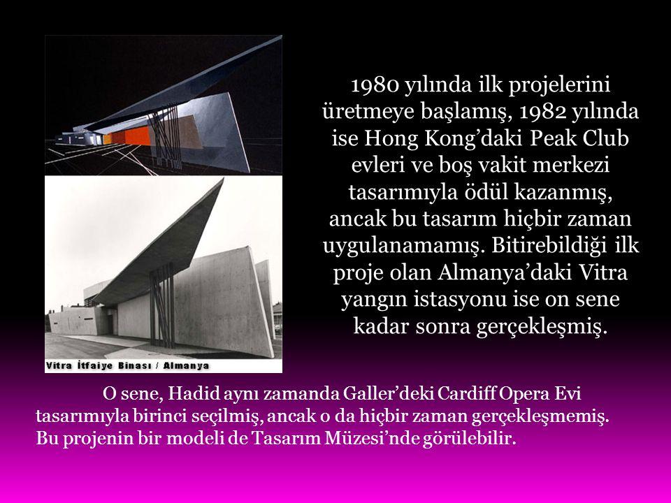 1980 yılında ilk projelerini üretmeye başlamış, 1982 yılında ise Hong Kong'daki Peak Club evleri ve boş vakit merkezi tasarımıyla ödül kazanmış, ancak