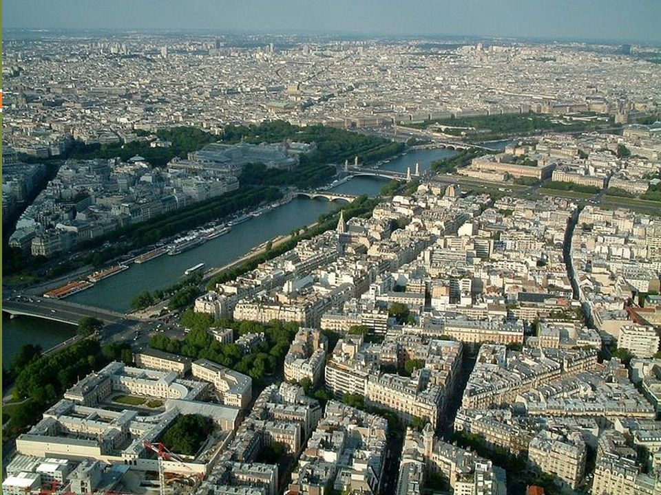 ULAŞIM:  31.840 kilometrelik uzunluğuyla Fransa demiryolu ağı, Batı Avrupa nın en gelişmişidir.