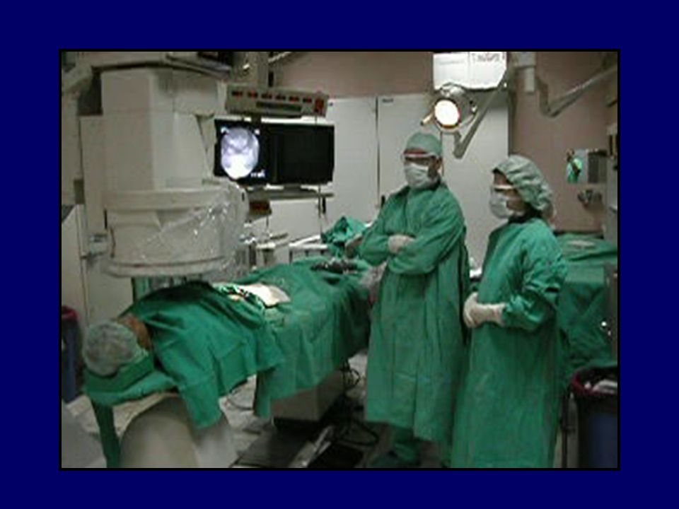 ANJİOGRAFİ CİHAZLARI ve TEKNİKLERİ Jeneratörler X ışını tüpü Görüntü güçlendirici (image intensifier) Floroskopi Hasta masası (tabletop) Gantry standı Dijital televizyon kamerası Film ünitesi Kontrast enjektörleri