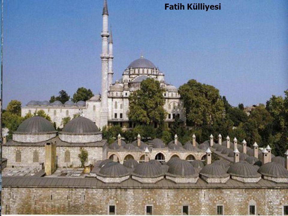 46 Fatih Külliyesi