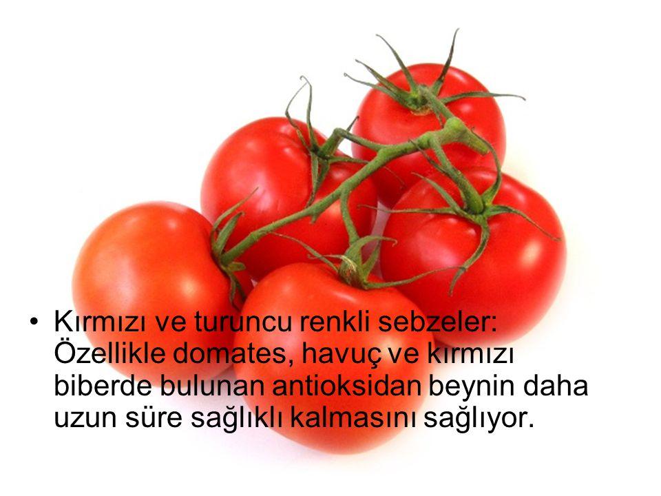 Kırmızı ve turuncu renkli sebzeler: Özellikle domates, havuç ve kırmızı biberde bulunan antioksidan beynin daha uzun süre sağlıklı kalmasını sağlıyor.