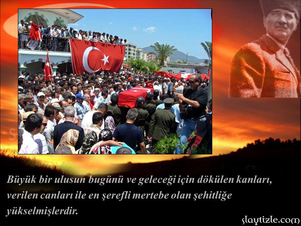 Türk toprakları için kanlarını döken, gençliğinin henüz baharındaki Kayseri Liseli gençler, Lisenin yıllığına mezun olamadılar şeklinde birer not olar