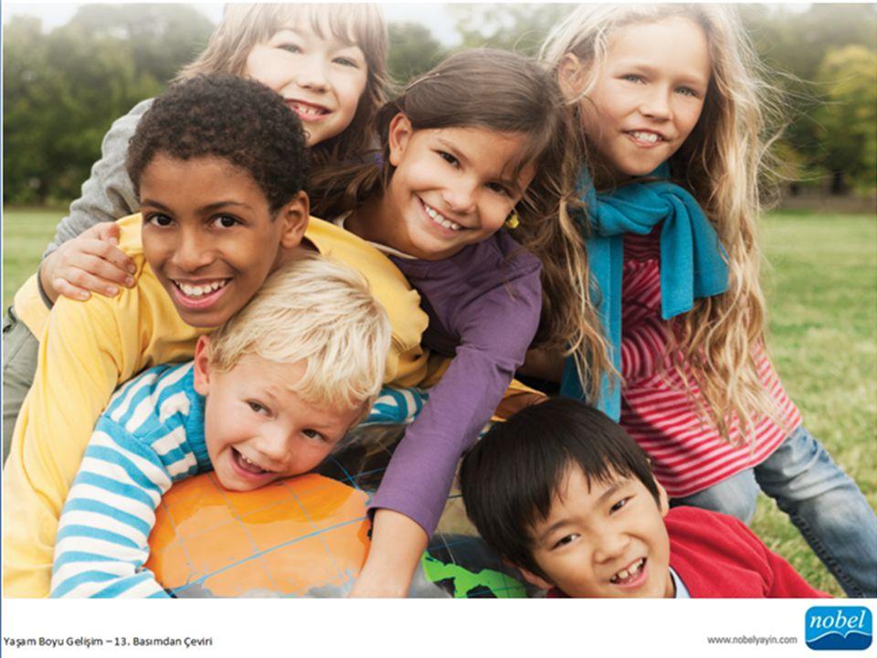 b) Akran Statüsü Hangi çocuklar akranları arasında popüler olabilir, hangileri sevilmez.