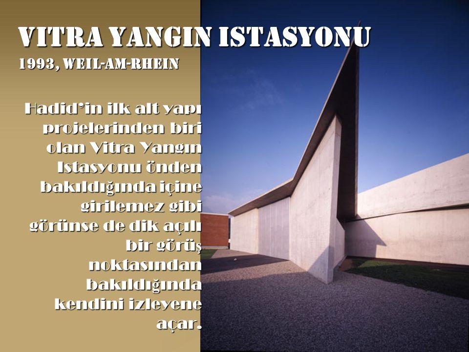 Vitra yangin istasyonu 1993, weil-am-rhein Hadid'in ilk alt yapı projelerinden biri olan Vitra Yangın Istasyonu önden bakıldı ğ ında içine girilemez gibi görünse de dik açılı bir görü ş noktasından bakıldı ğ ında kendini izleyene açar.