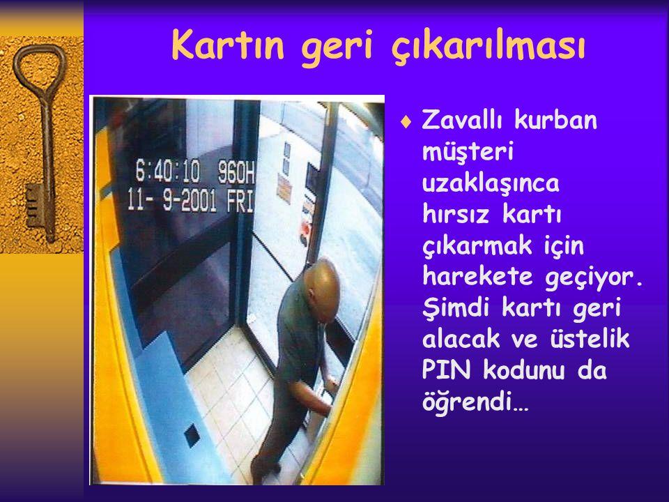 Firar  Kartı alan ve PIN kodunu da ele geçiren hırsız en yüksek limitten parayı çekerek tüymeye başlıyor…