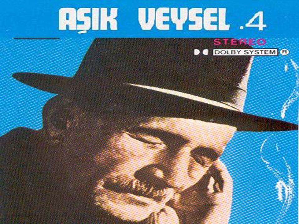 Sivas – Şarkışla – Sivrialan köyünde doğmuştur.Çocukken gözlerini kaybeder. Saz çalmaya heveslenir. 1931 yılında Ahmet Kutsi Tecer tarafından keşfedil