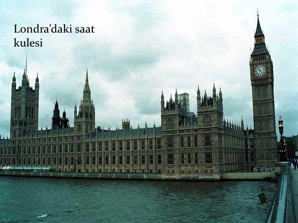 Londra'daki saat kulesi
